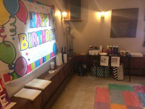 birthday-party-setup