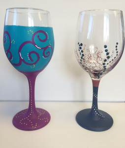 painted-wine-glasses-duo